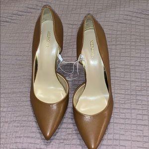 NWT Merona Brown Heels Sz 9